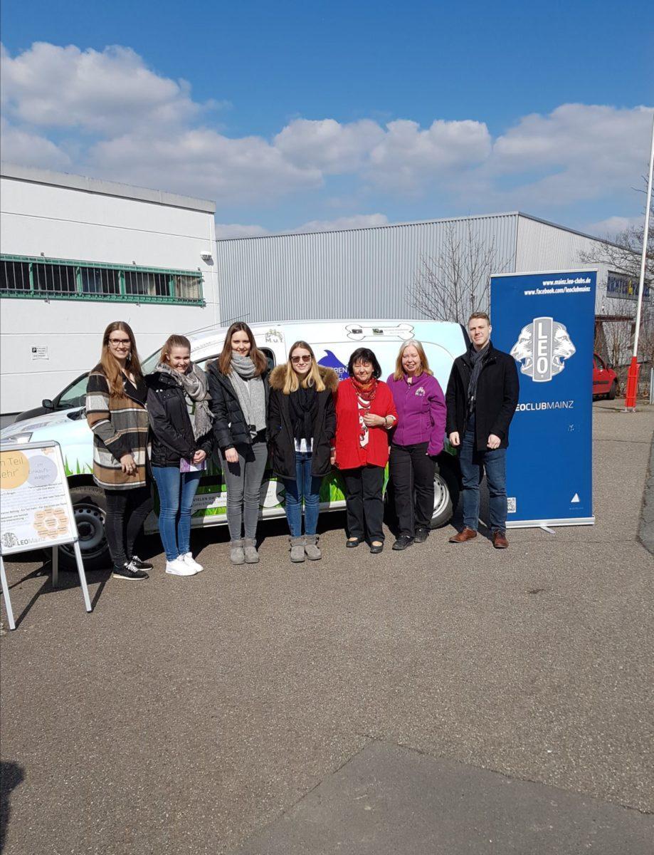 Tätig für den Tierschutz bei M.u.T. –  der Leo Club Mainz